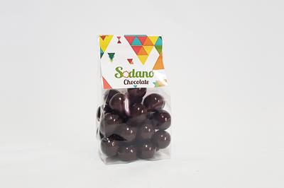3.Dragees---Nocciole-ricoperte-al-cioccolato-fondente